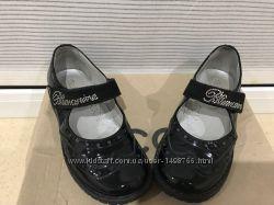 Туфли для девочки Blumarine Италия лаковые