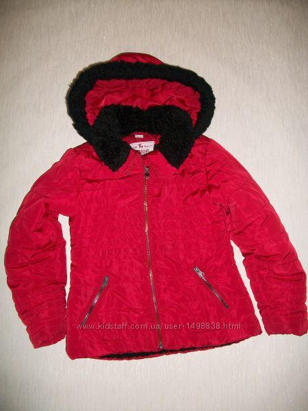 Демисезонная куртка от фирмы TU