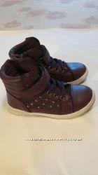 Ботинки для девочки Apawwa, размер 26.