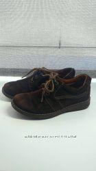 Замшевые туфли темно-коричневого цвета