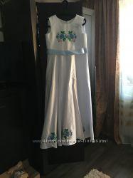 Плаття Атласне з вишивкою