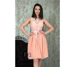 Нарядное платье Джулия с гипюром