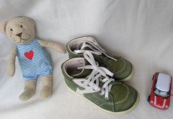 Кожаные замшевые ботиночки кеды мокасины Richter унисекс р.26 17 см