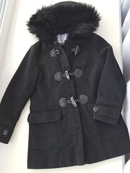 Пальто на девочку 7 -8 лет