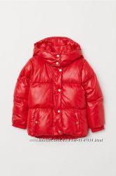 СКИДКА Теплая демисезонная красная куртка на девочек, H&M