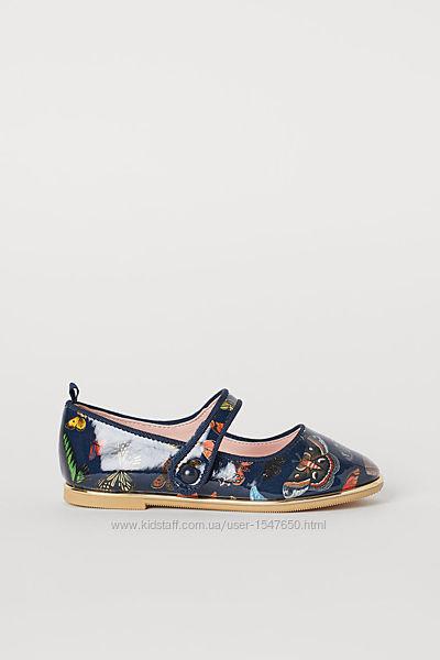 Брендовые лакированные туфли в бабочки на девочек, H&M