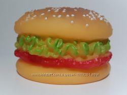Игрушка Гамбургер с пищалкой для  щенков, небольших собак, кормушки