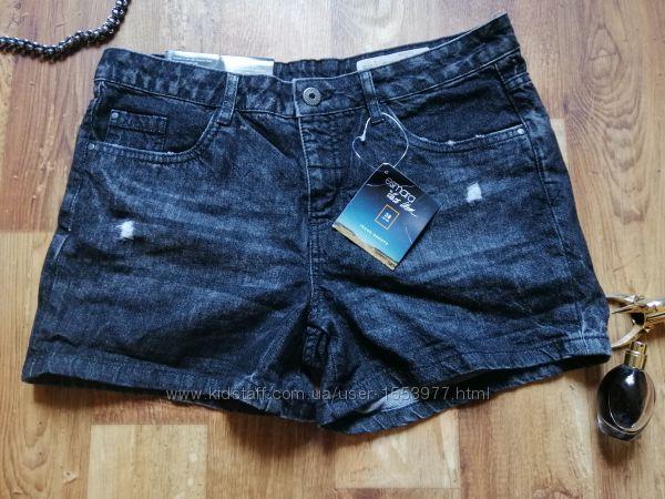Стильные шорты из плотного джинса