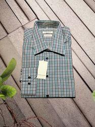 Рубашка мужская в мелкую клетку прямого кроя