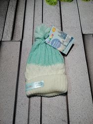 Теплая детская шапочка с помпоном флис внутри ментол белый
