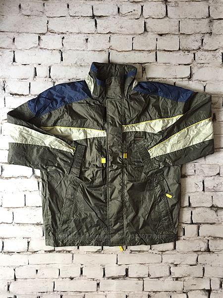 Спортивная мужская ветровка легкая куртка