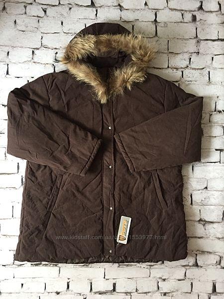 Зимняя женская куртка объемная с натуральным мехом