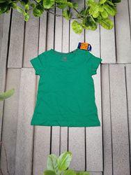 Летняя зеленая футболка для девочки натуральная ткань