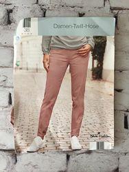 Светлые джинсы стрейчевые пыльная роза штаны скинни хлопок