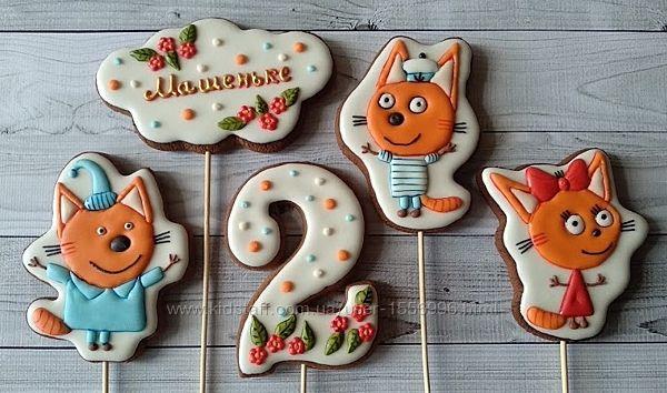 Пряники-топперы на торт Три кота