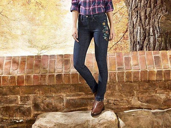 Оригинальные женские джинсы-скини ESMARA by CHEROKEE с вышивкой. Германия.