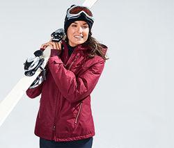 Лыжная и сноубордическая женская куртка от немецкого бренда TCM TCHIBO