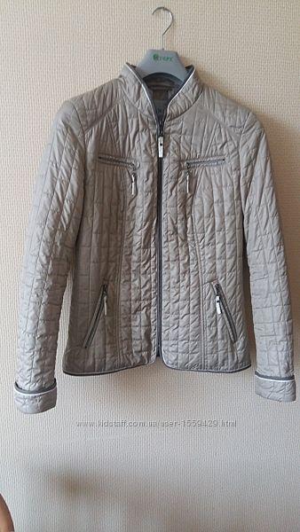 Фирменная женская демисезонная куртка C&A р. 38 М в отличном состоянии