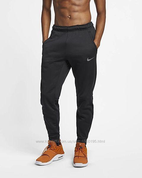 Оригинальные утепленные спортивные брюки Nike модельного покроя