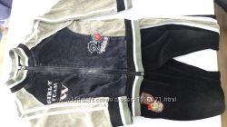 Продам велюровый спортивныйдомшний костюм рост 110
