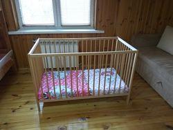 Кроватка детская из дерева, Икеа, матрас в подарок