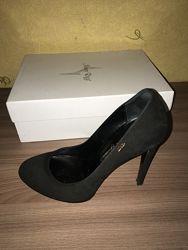 Женские туфли 39 р