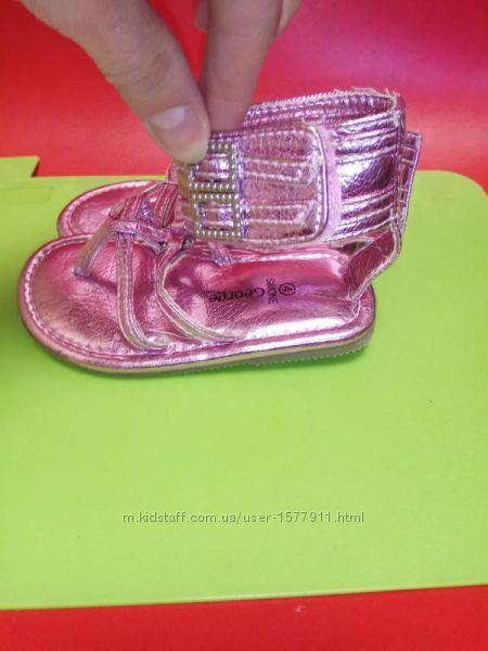 Босоножки, сандали для девочки на липучке