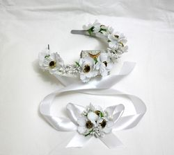 Комплект венок обруч ободок на голову белый завязка на руку белые маки