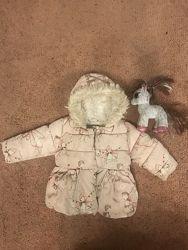 Продам курточку зима на девочку 9-18 мес