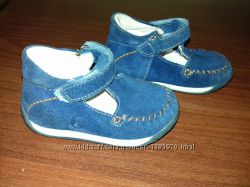 Туфли для ребенка. почти новые
