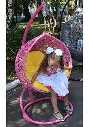 Детское подвесное кресло качель кокон с цветной подушкой в подарок