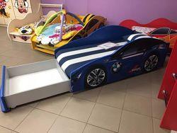 Кровать машина с матрасом, ящиком, мягким спойлером и подушкой в Подарок