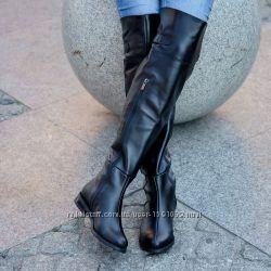 Кожаные женские ботфорты.