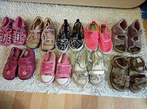 Фирменная обувь на девочку, босоножки, макасины, ботинки