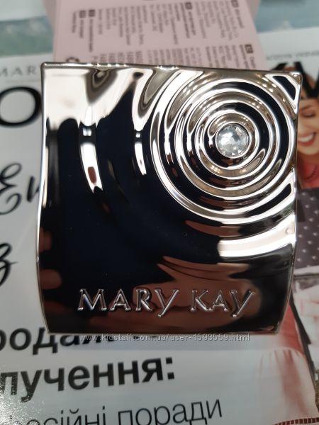 Компактный мини- футляр Мери Кей