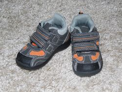 В наличии Gali ботиночки осень 21 р. на мальчика
