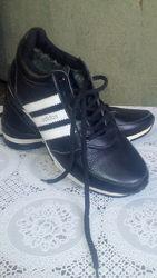 Продам кросовки мужские