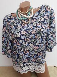 Блуза укороченная из натуральной ткани с кружевом