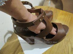 Босоножки, туфли. Fiore, оригинал. Стелька 25 см.