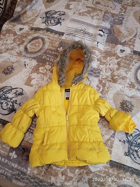 куртка осення на девочку 18 м 77-82 см в идеальном состоянии