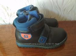 Демисезонные ботиночки EeBb, размер 28, стелька 17. 5 см.