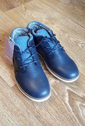 Ботинки для мальчика р. 34