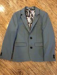 Продам пиджак Next на мальчика, рост 128