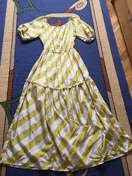 Яскраве літнє плаття максі Noche Mio 44 р.