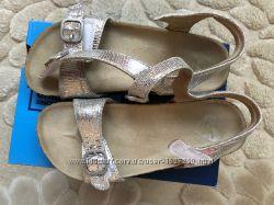продажа б. у. обуви для девочки р.26,27,28,5