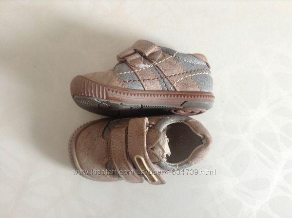 Туфлі-кросівки нові 21-26р