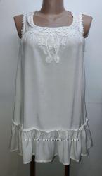 Белая вискозная блуза с кружевом Atmosphere