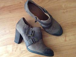 Кожаные туфли CLARKS, размер 40