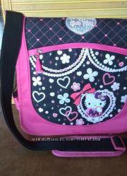 Шкільна сумка на плече із Hello Kitty