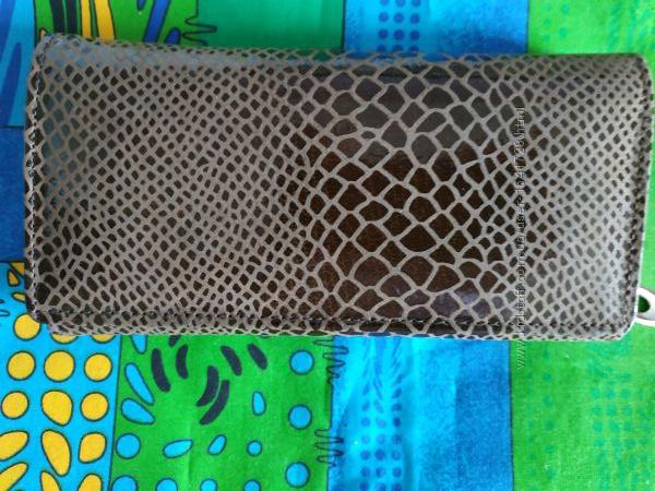 Кошельки женские натуральная кожа  под змеиную